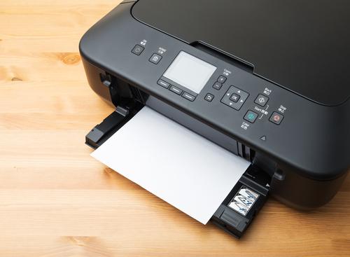 מה עדיף, מדפסת לייזר או הזרקת דיו?